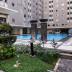 kolam renang di apartemen gading nias