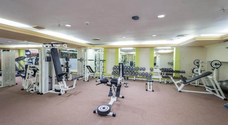 Fasilitas Gym / Fitness center Istana Sahid