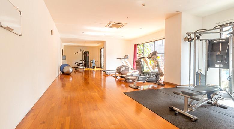 fasilitas gym apartemen taman sari semanggi