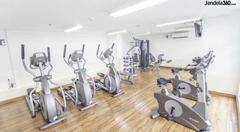 fasilitas gym green lake sunter