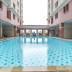 kolam renang apartemen mediterania gajah mada