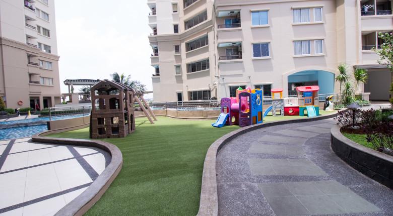 Taman bermain anak di Mediterania Marina Ancol
