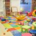 Ruangan bermain anak di  Essence Darmawangsa