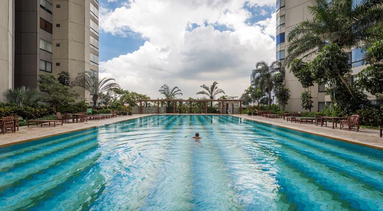 kolam renang apartemen taman anggrek condiminium