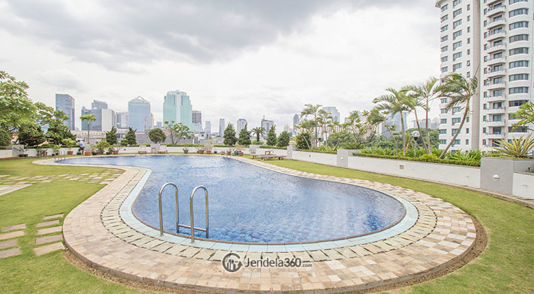 kolam renang park royal apartment