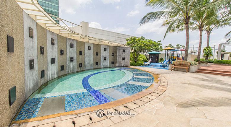 fasilitas kolam renang senayan residence