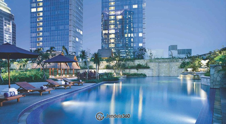pacific place residence pool