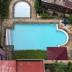 kolam renang apartemen red top