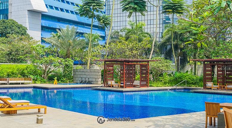 kolam renang di verde residence
