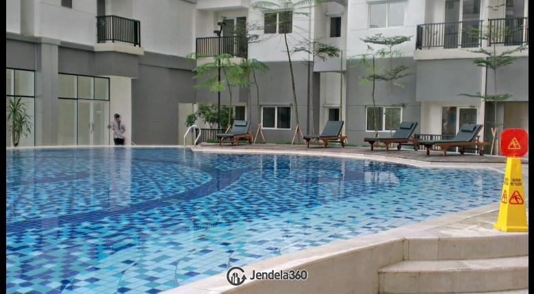 swimming pool Signature Park Grande Apartment