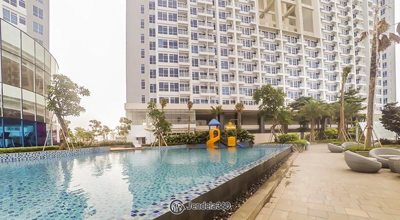 swimming pool Puri Mansion  Apartment