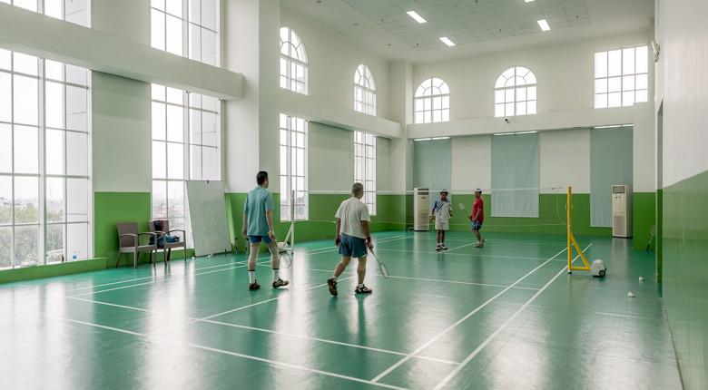 lapangan badminton di apartemen belleza