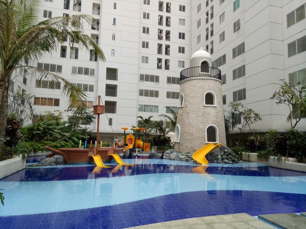 fasilitas bassura city kolam renang