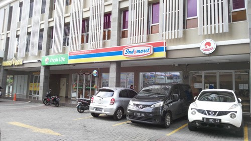 indomaret puri park view