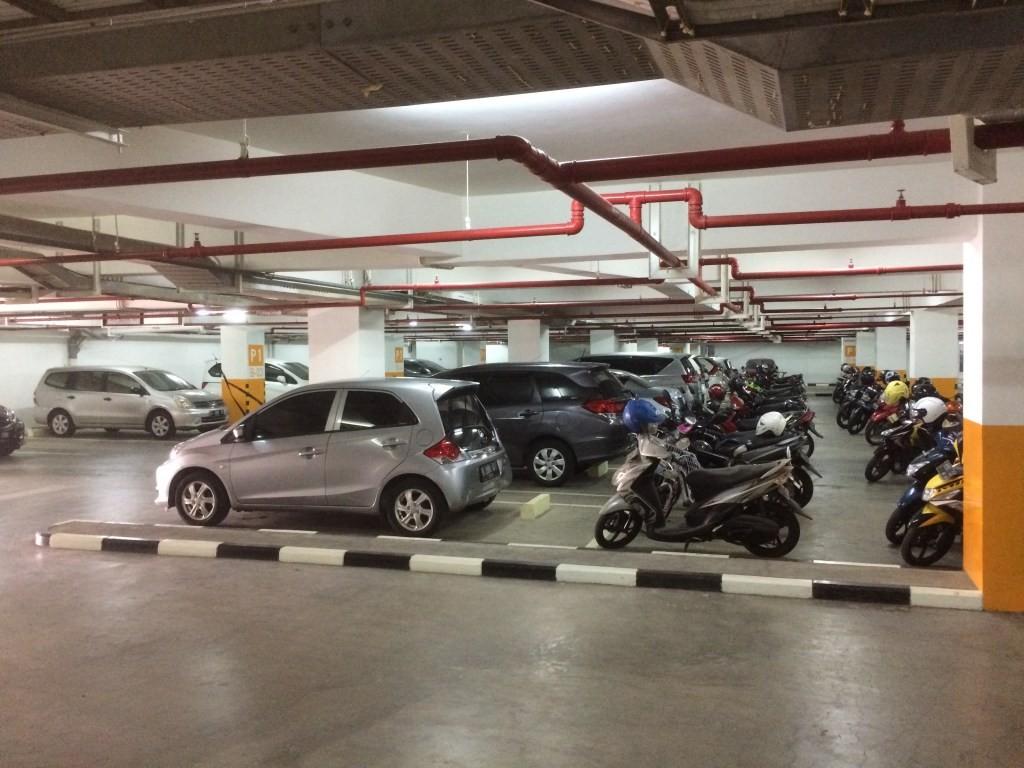parkiran basement