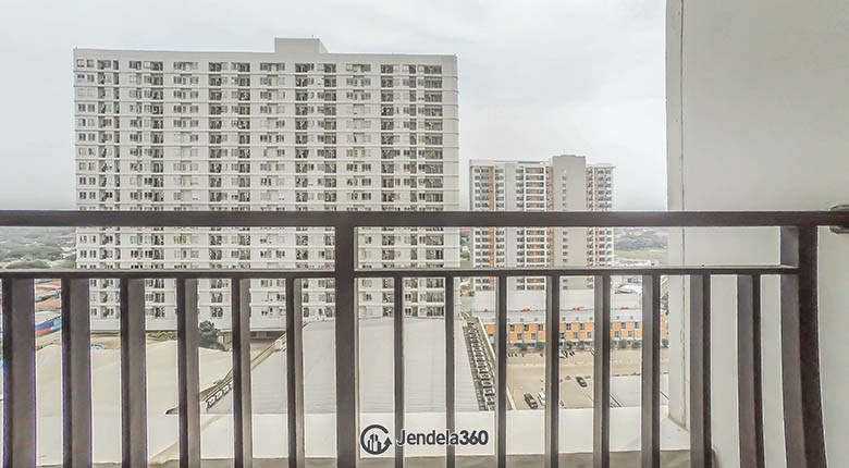 balcony Cinere Bellevue Suites Apartment