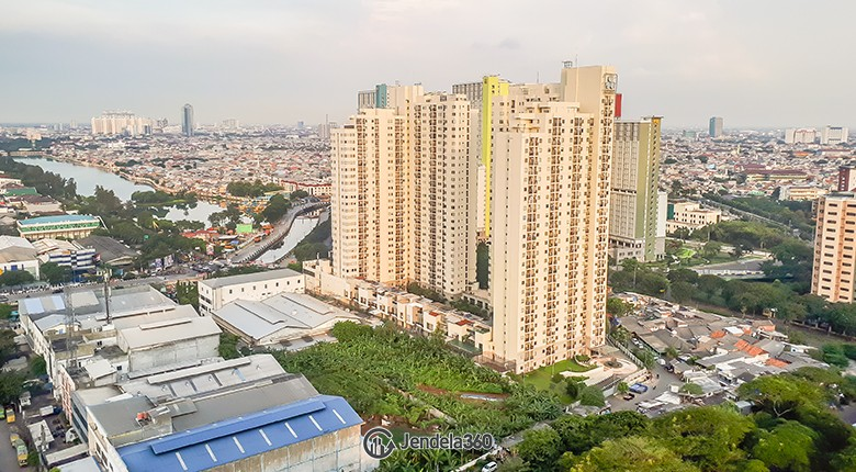 Balcony The Mansion Kemayoran Bougenville Apartment