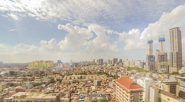 Balcony Cosmo Mansion - Thamrin City