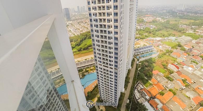 Balcony Puri Mansion  Apartment