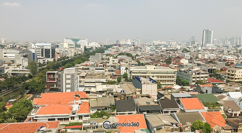 Balcony Grand Kartini Apartment