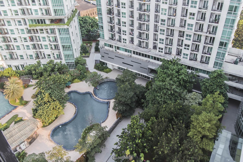 Balcony Woodland Park Residence Kalibata