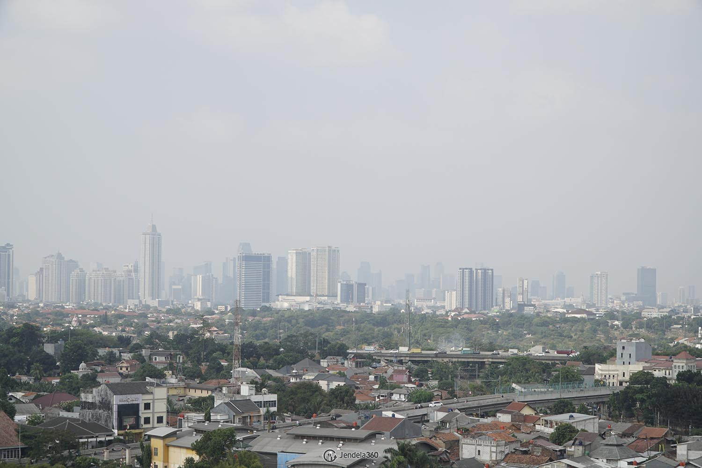 Balcony Bintaro Park View Apartment