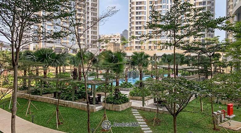 Balcony Apartemen Taman Anggrek Residence