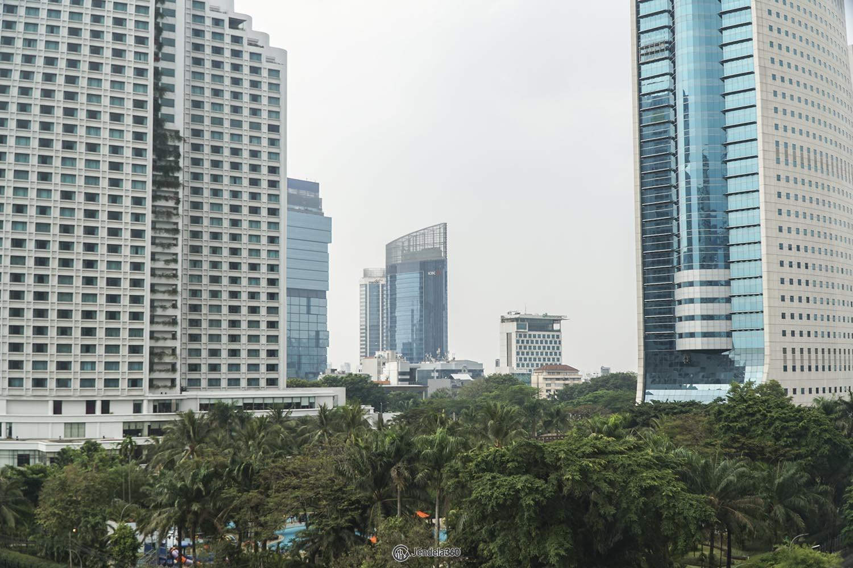 Balcony Apartemen Sudirman Park Apartment