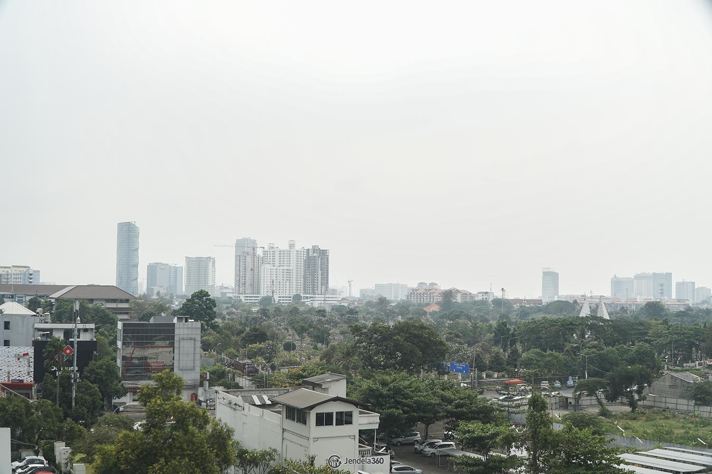 Balcony Sudirman Park Apartment