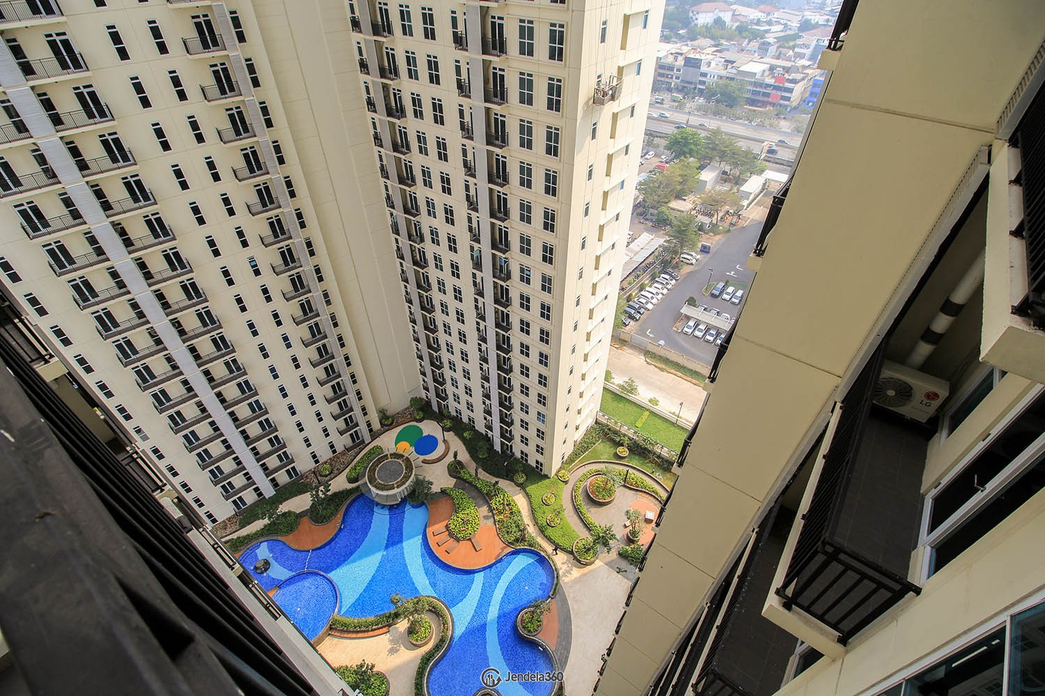 Balcony Puri Orchard Apartment Apartment