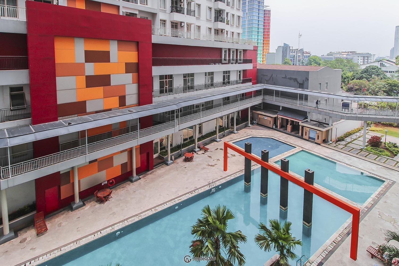 Balcony Apartemen Gardenia Boulevard Apartment