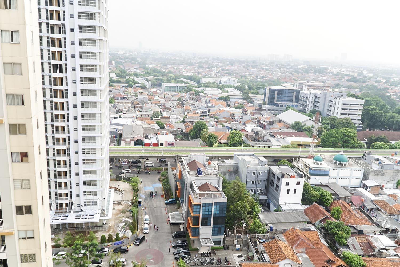 Balcony Pakubuwono Terrace Apartment