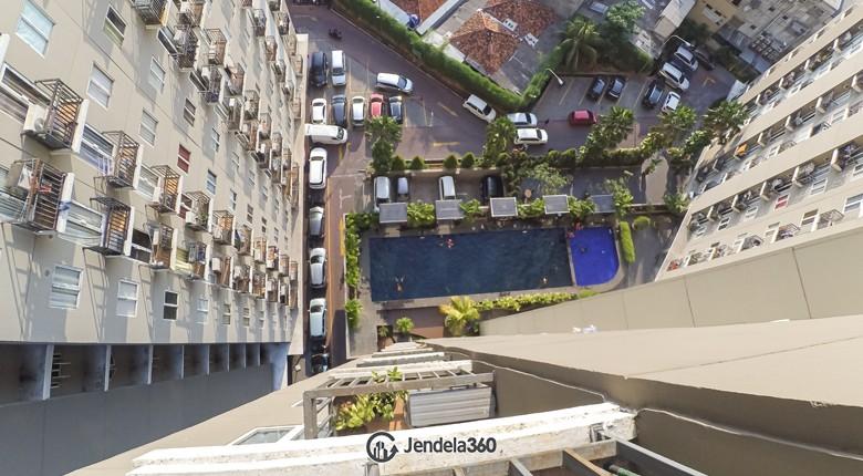 Balcony Puri Park View Apartment Apartment