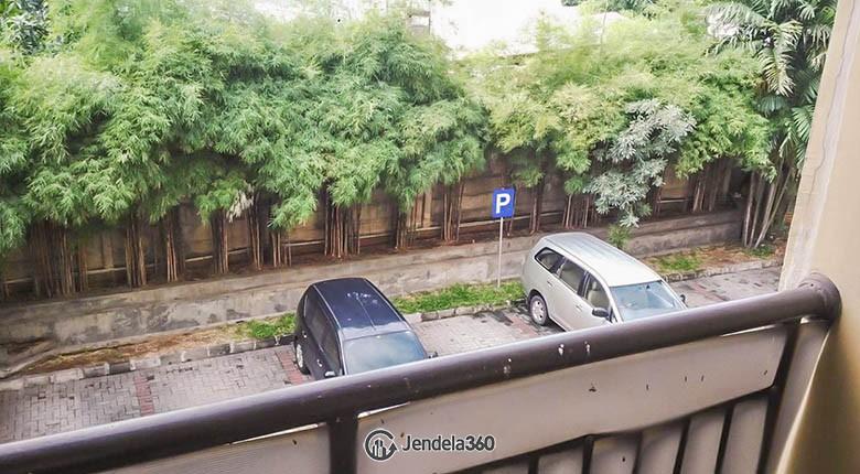 Balcony Metropark Condominium Apartment