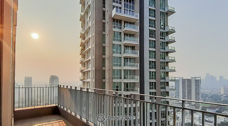 Balcony Apartemen Kemang Village Apartment