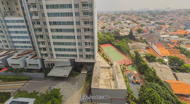 Balcony Apartemen Essence Darmawangsa Apartment