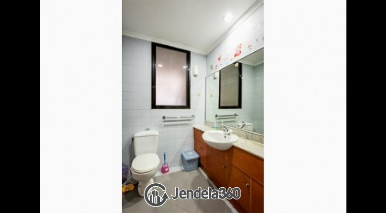 bathroom 2 Red Top Apartment Apartment