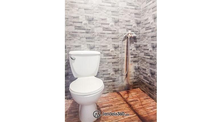 Bathroom Apartemen Laguna Pluit