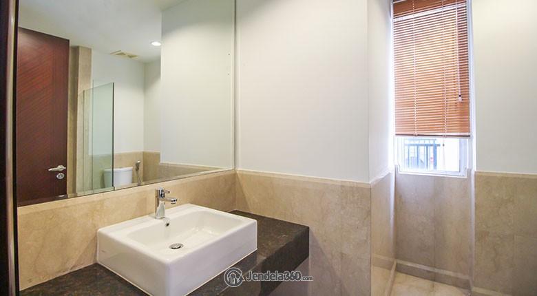 Bathroom Pakubuwono View
