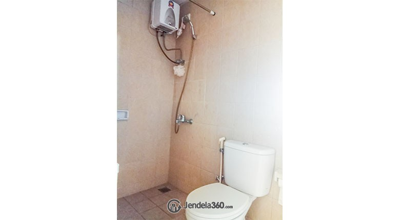 Bathroom Mediterania Marina Ancol Apartment