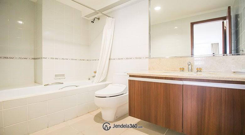 Bathroom Menteng Regency Apartment
