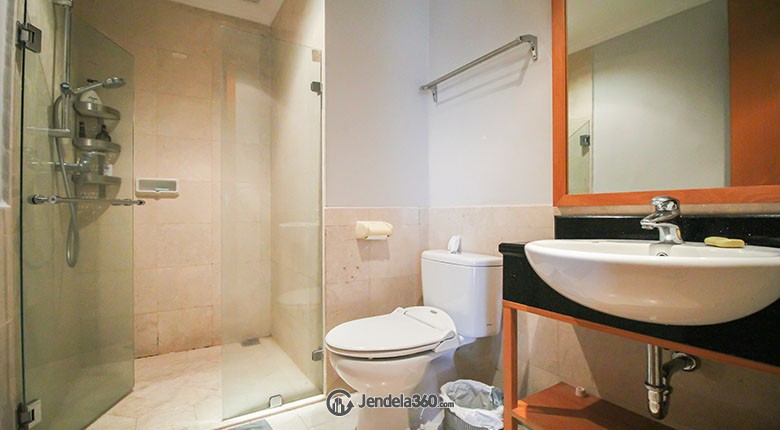 Bathroom Apartemen Sudirman Mansion Apartment