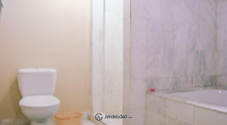 Bathroom Apartemen Menteng Executive Apartment