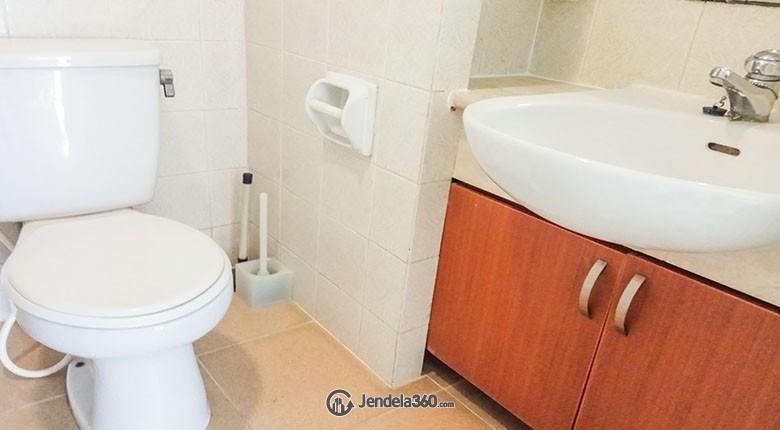 Bathroom Apartemen Batavia Apartment