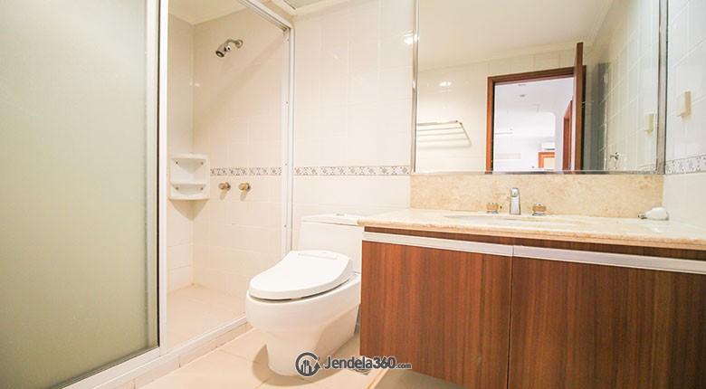 Bathroom Menteng Regency