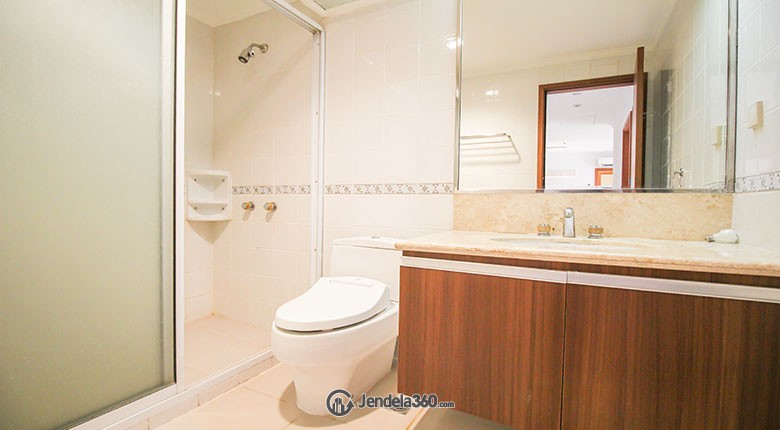 Bathroom Menteng Regency