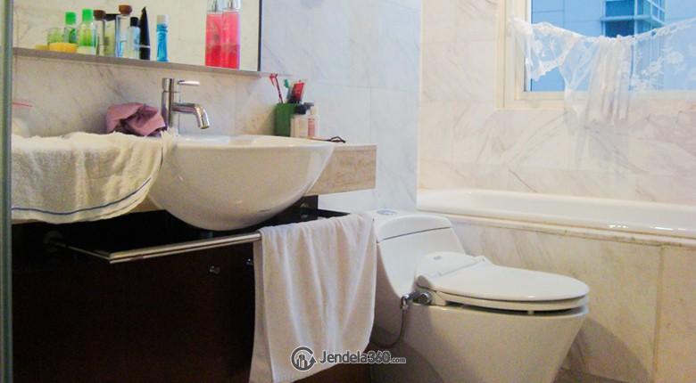 Bathroom The Peak Apartment