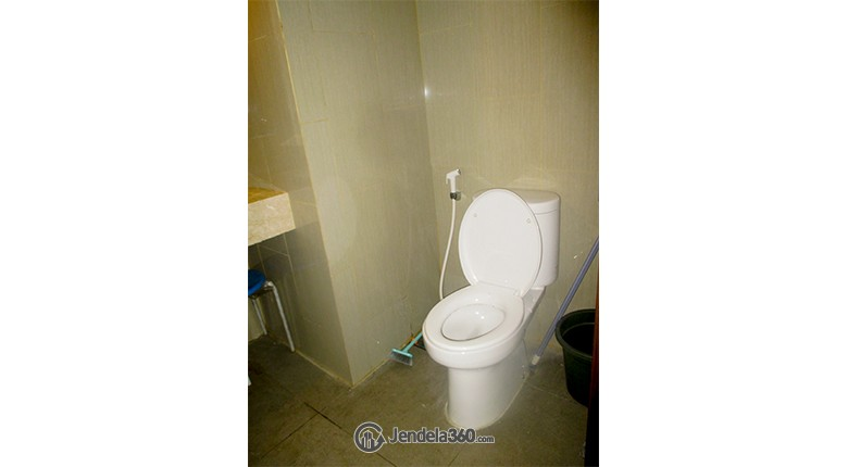 Bathroom Apartemen The H Residences