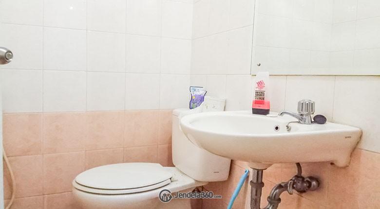 Bathroom Apartemen Gading Mediterania Residence