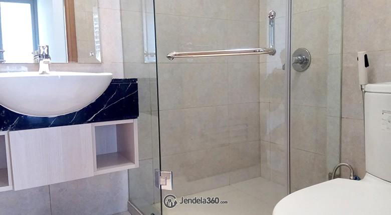 Bathroom The Mansion Bougenville Kemayoran Apartment